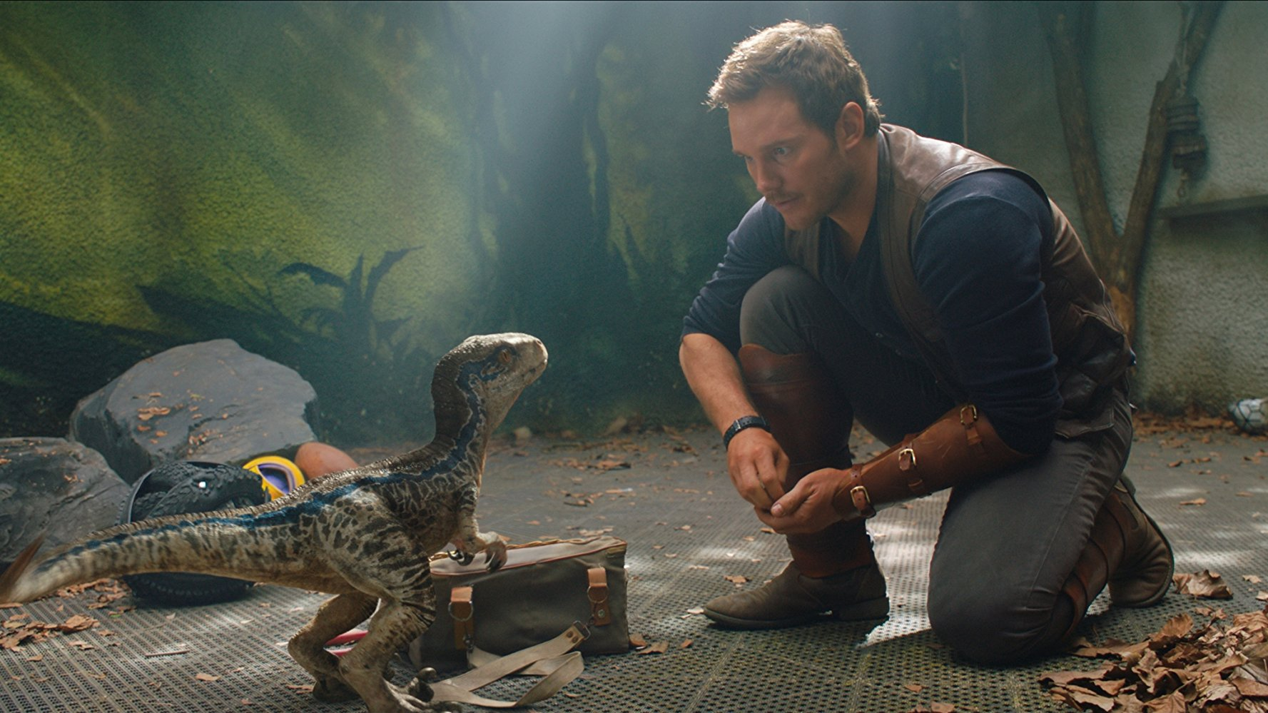 Jurassic World: Fallen Kingdom (Blu-ray + DVD + Digital Copy + Funko Pocket Pop! Keychains)