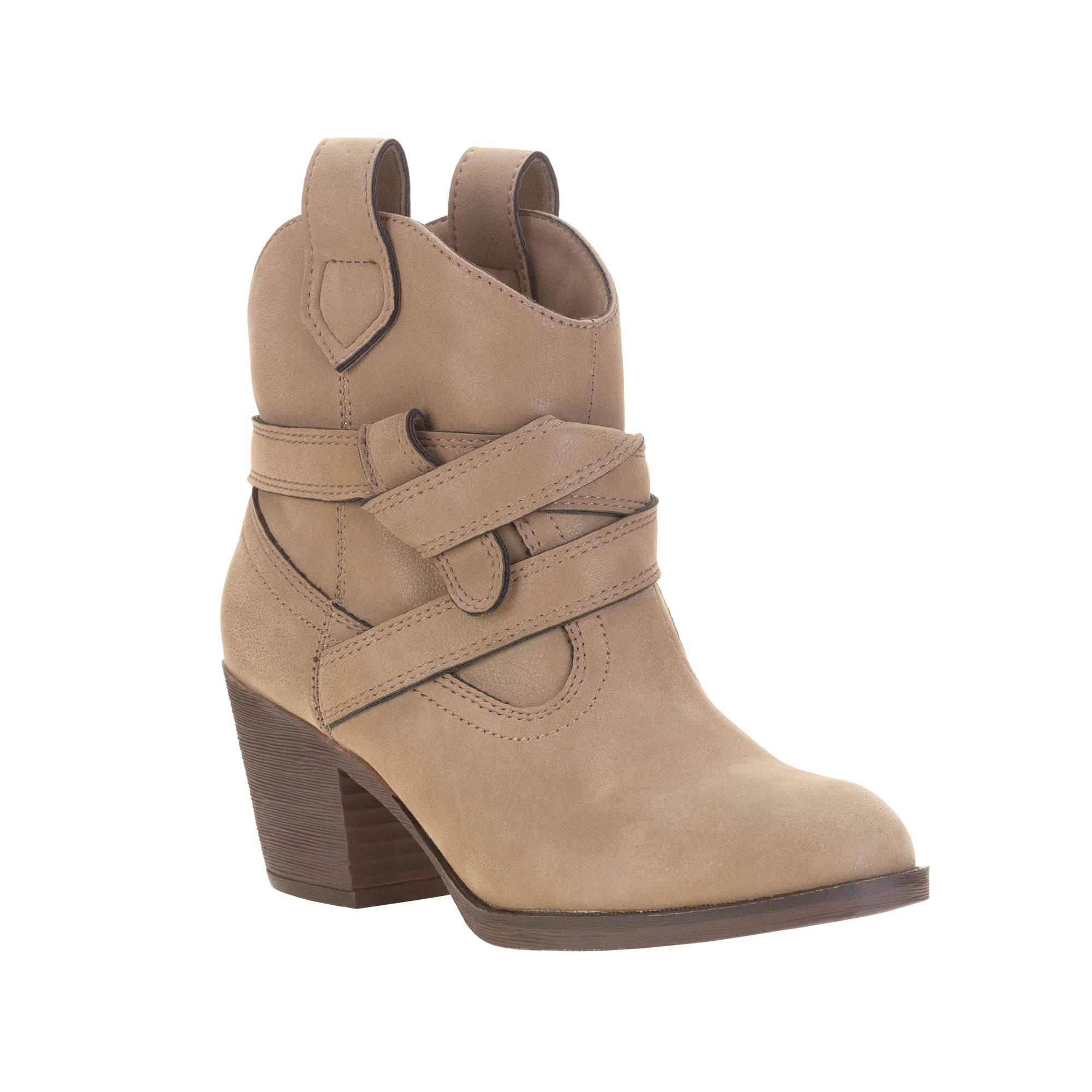 Stella Chase Women's Sevah Boot Size: 8.5